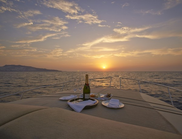 RS1684_Amanruya-Sunset-Cruise