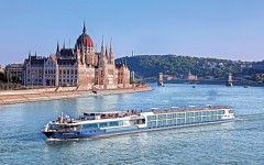Vista_Exterior_Hungary_Budapest_Danube_Parliament_012137_abcrx-1