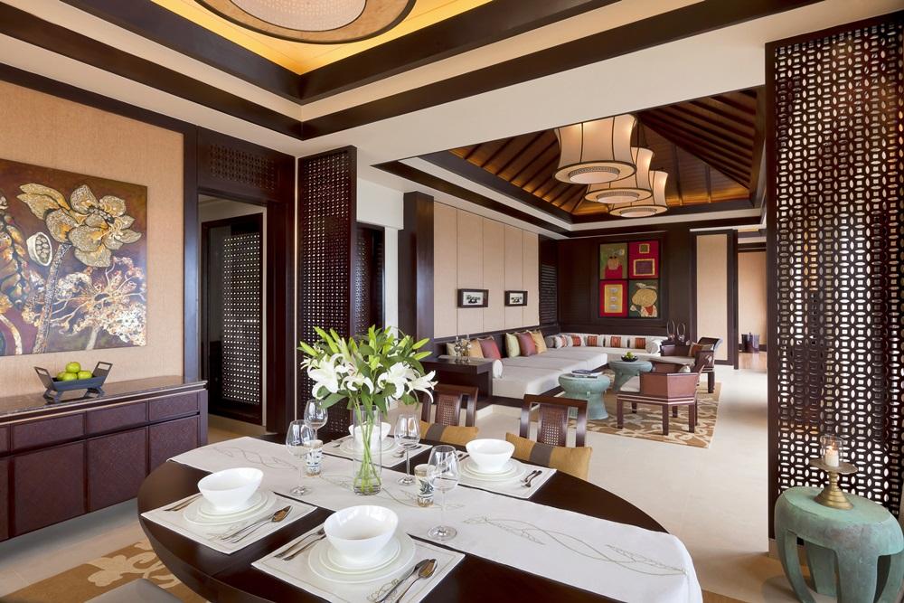 btr-lc_1bedroom-hill-villa_dining-n-living-room_8350