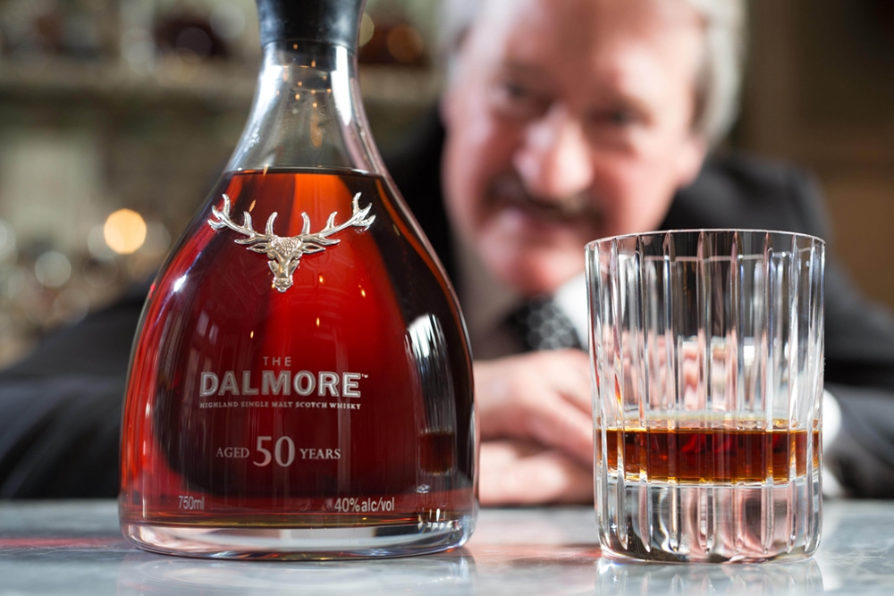 大摩首席釀酒師Richard Paterson,為誌慶入行50年而創作的Dalmore 50大師年典藏。_03