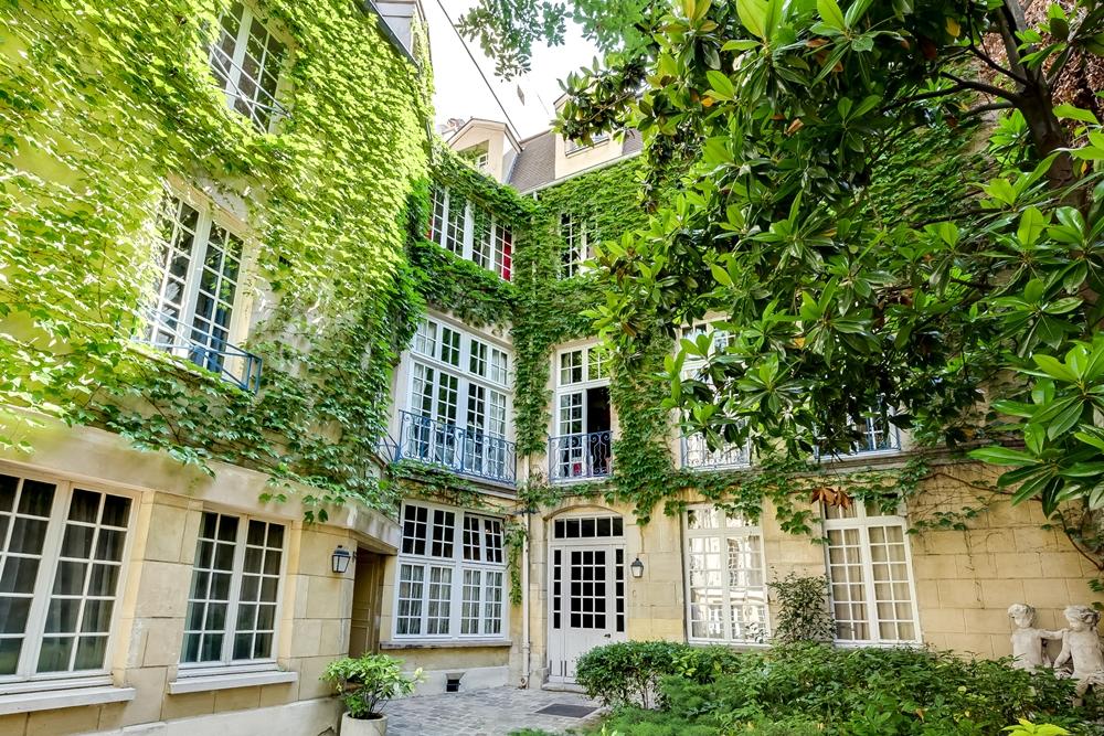 4 bed duplex apartment, Paris (Sphere Estates)