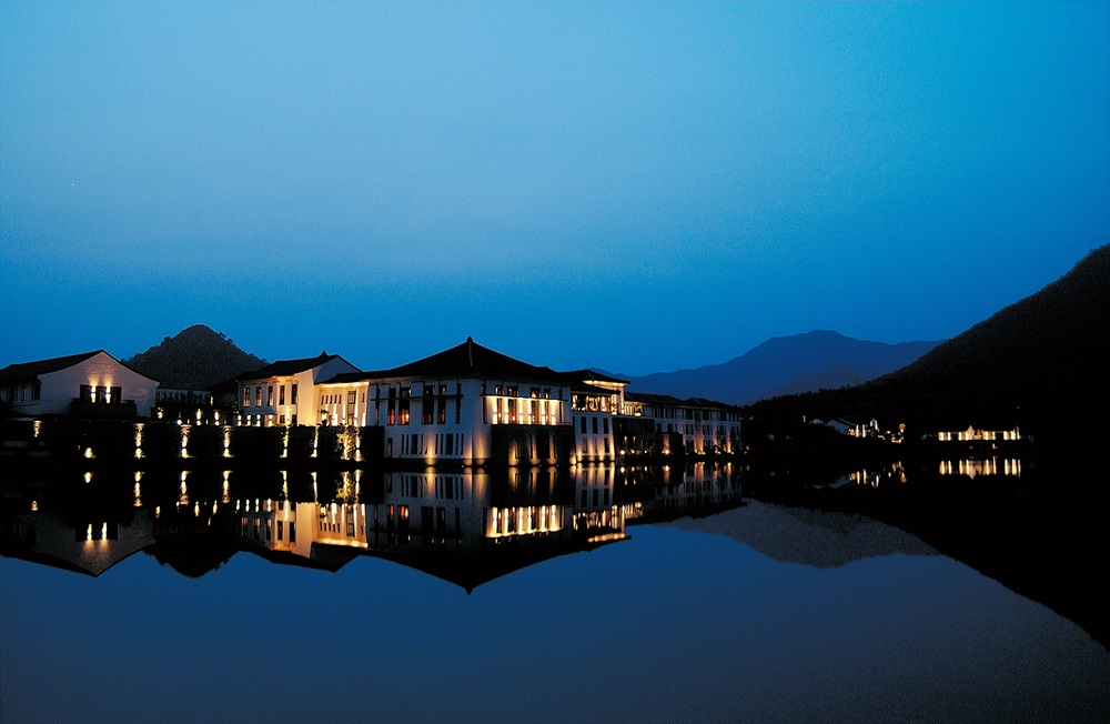 Fuchun Resort at Night ____01
