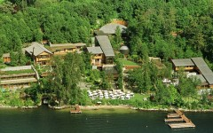 This aerial photograph taken on July 13 shows Bill and Melinda Gates' home in Medina,Washington which cost more than $60-million and four-years to build. Located on the Eastern shore of Lake Washington two miles from Seattle, the waterfront house is home to the richest man in the world, Bill Gates, co-founder of computer software manufacturing giant Microsoft Corporation.  APB/JP - RTRQHVL