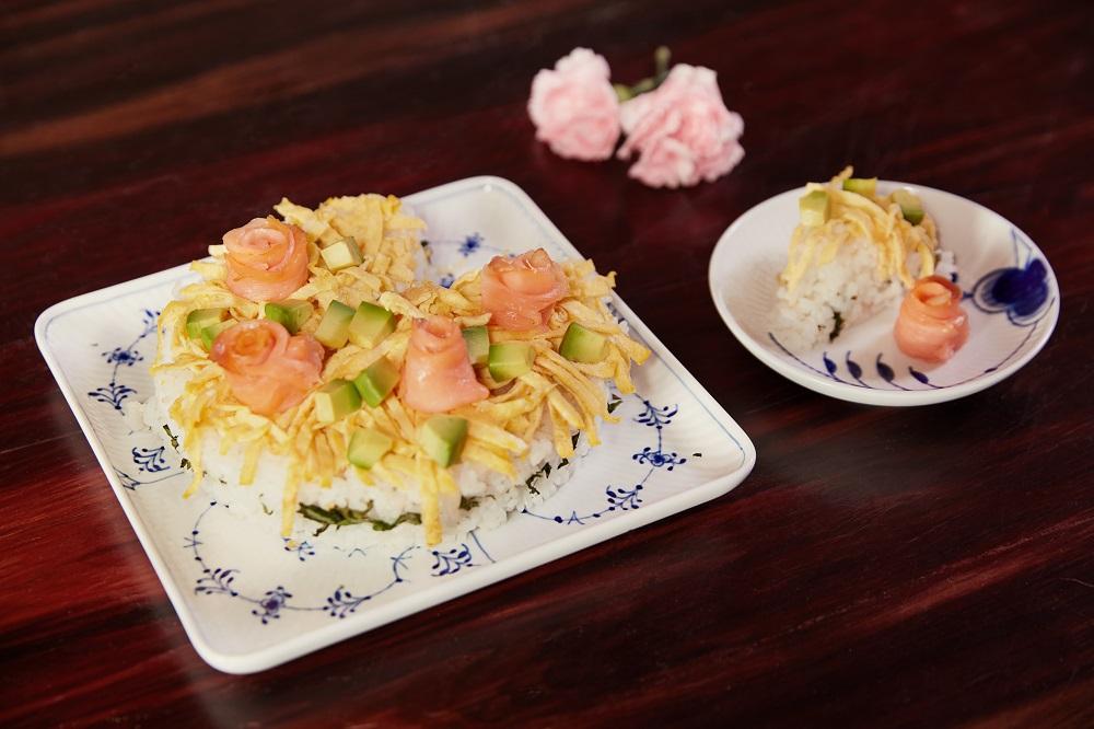 日式家常菜_彩色散壽司蛋糕