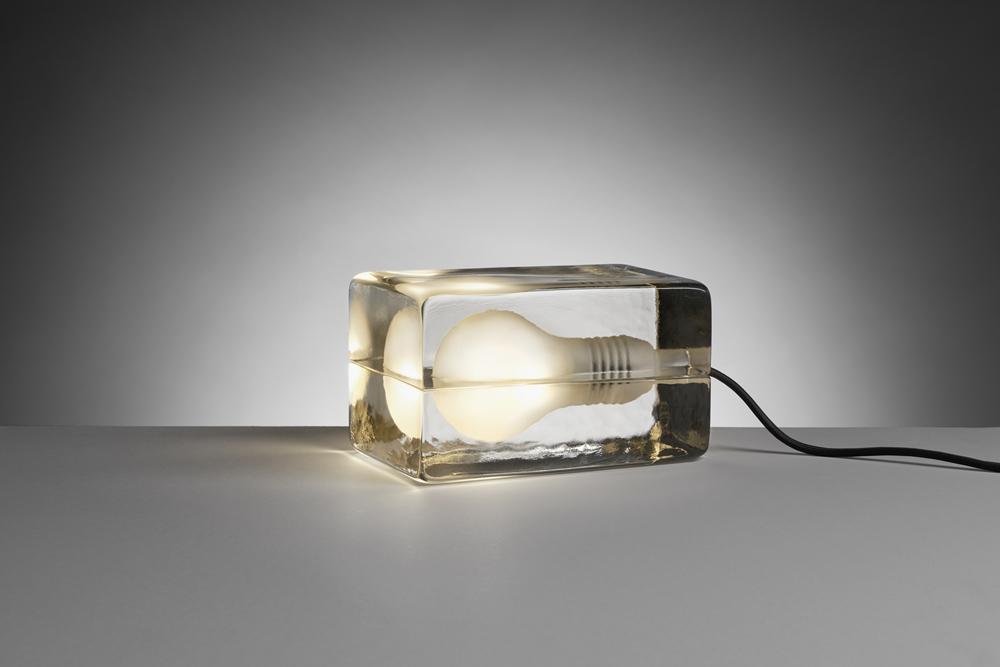 冰塊燈 (黑色燈線)_Design House Stockholm_9,860元_情境圖1