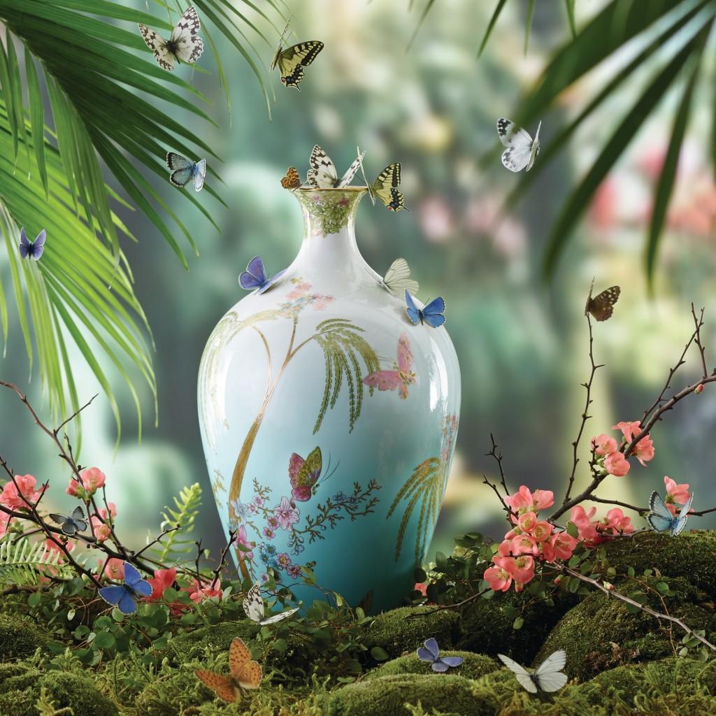 Wedgwood碧玉蝴蝶Jade Butterfly飾瓶27萬 SOGO中外藝品展驚艷登場