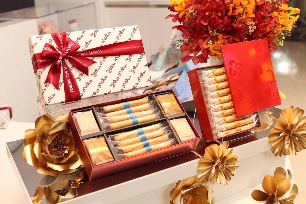 YOKU MOKU紫晶盛樂綜合禮盒及Dogwood山茱萸原味喜饌蛋捲禮盒產品陳列照1
