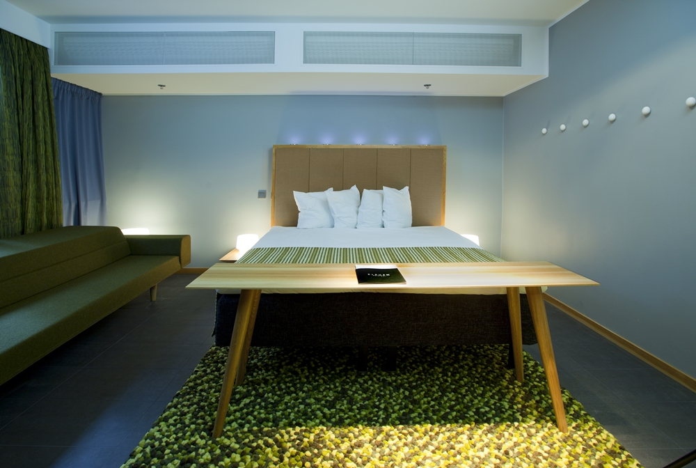 4. Klaus-K-Hotel-urban-nature-room_1