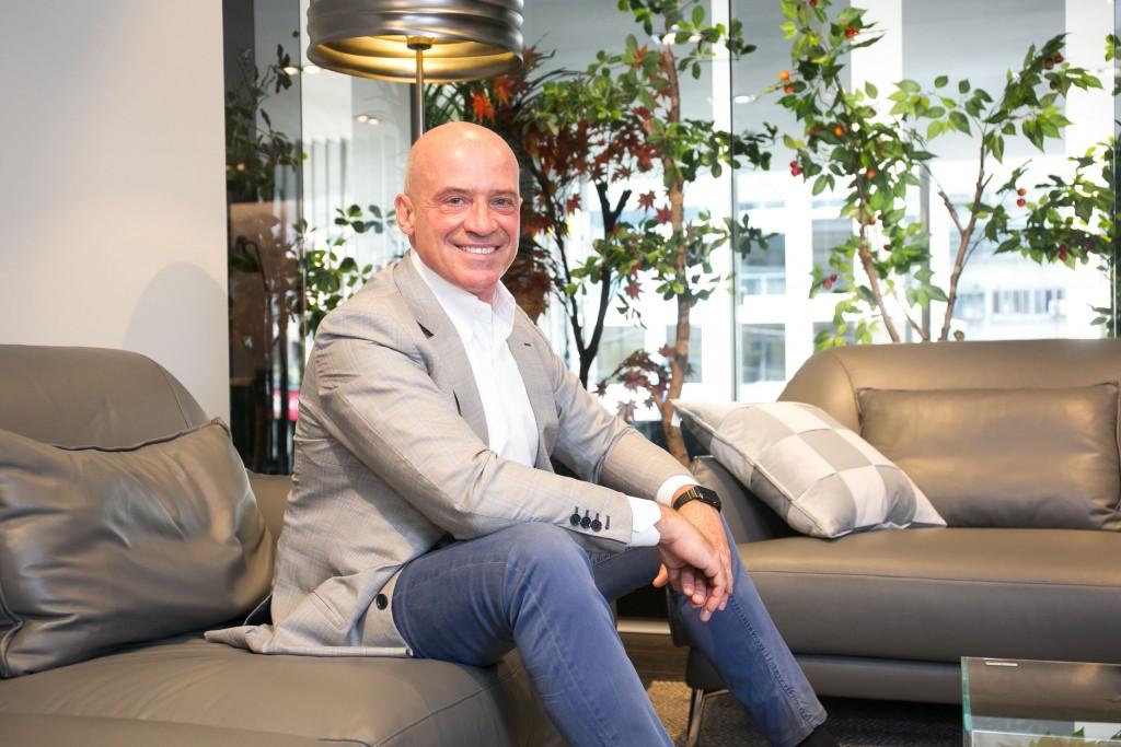 【圖三】歐洲最具影響力設計師Claudio Bellini首次登台,暢談2018全球居家時尚風潮與極簡設計哲學。