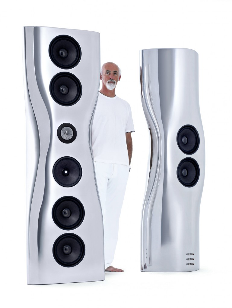 KEF 超旗艦揚聲器『MUON舞昂』與設計師 Ross Lovegrove