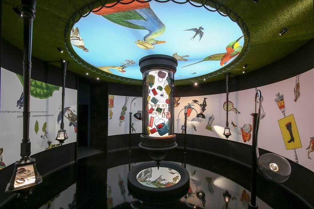 愛馬仕 Wanderland 奇境漫遊展覽_Room 5 - 廣場-1