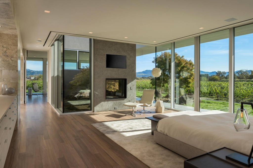 8 St. Helena Vineyard Estate