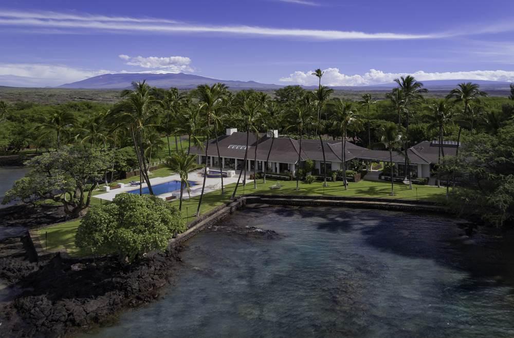 Mphotoi-Hawaii Life Sullivan Estate