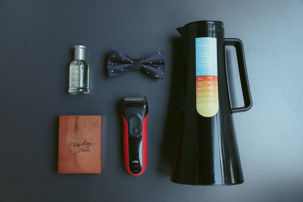 德國百靈新三鋒電鬍刀3030s特價$3,488 (原價$3,988),買就送BODUM 哥本哈根保冰保溫壺1.1L(市價$3,480)