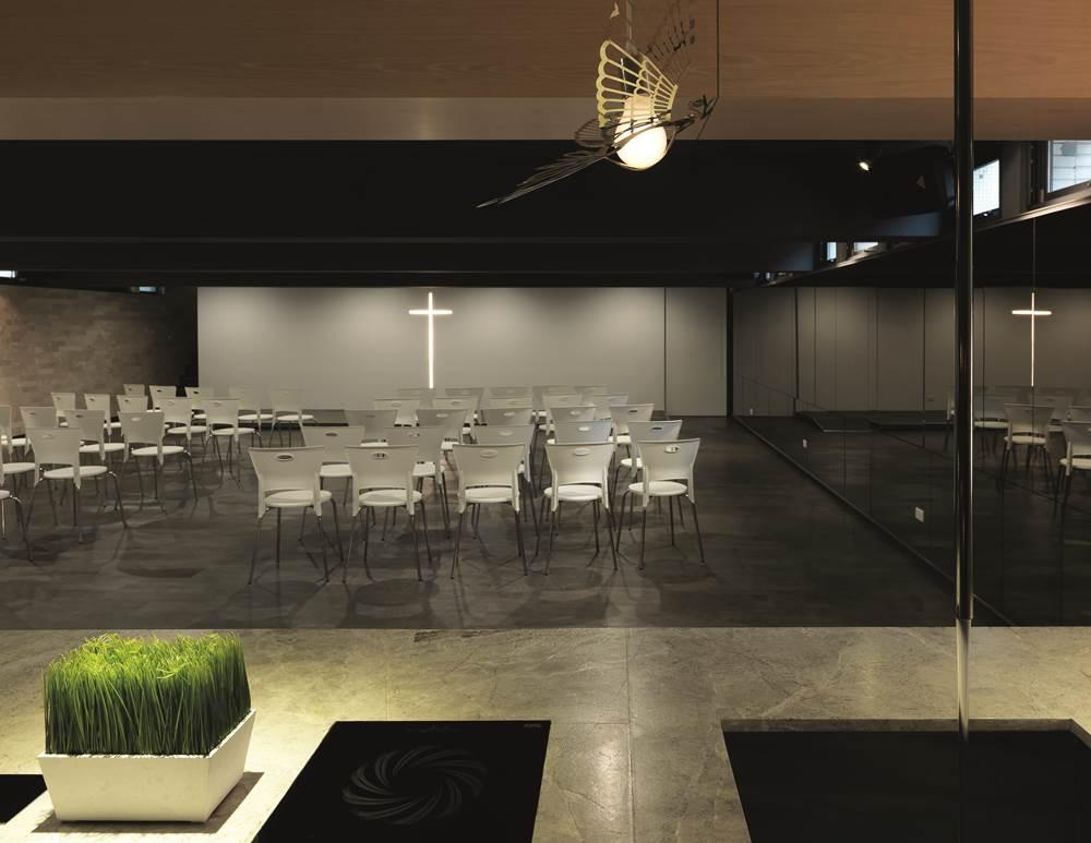 9-4教會