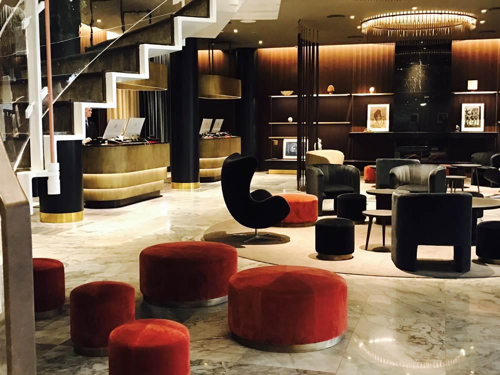 Redisson Hotel(1)