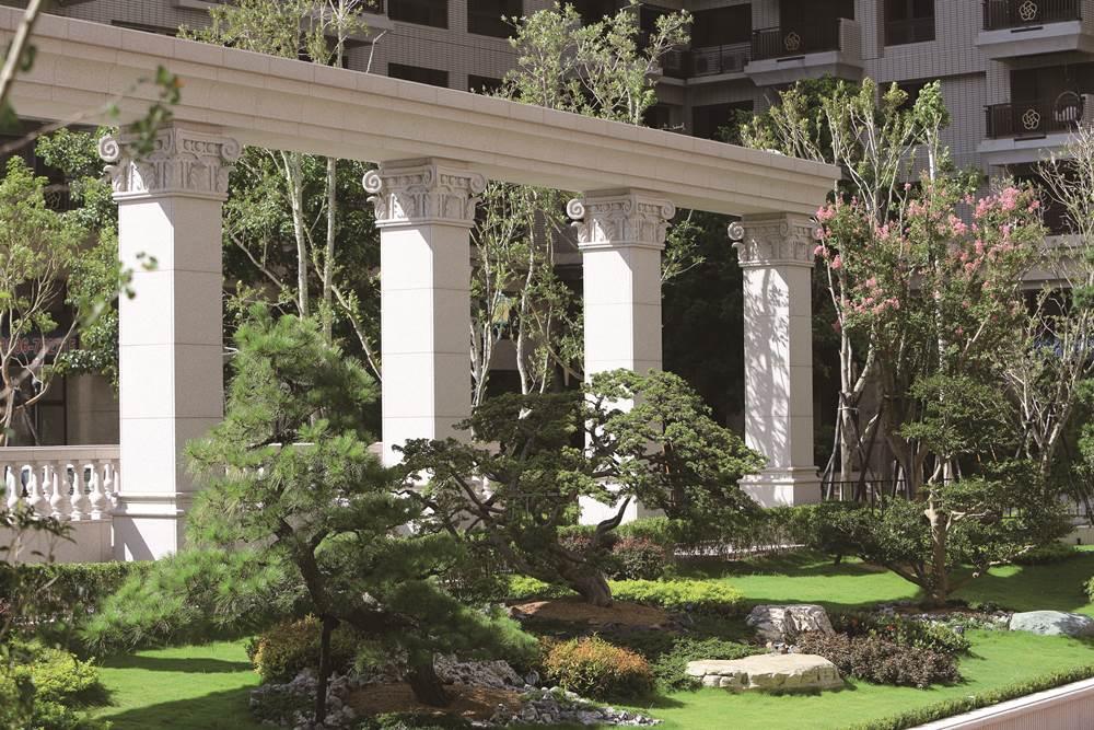 後花園列柱