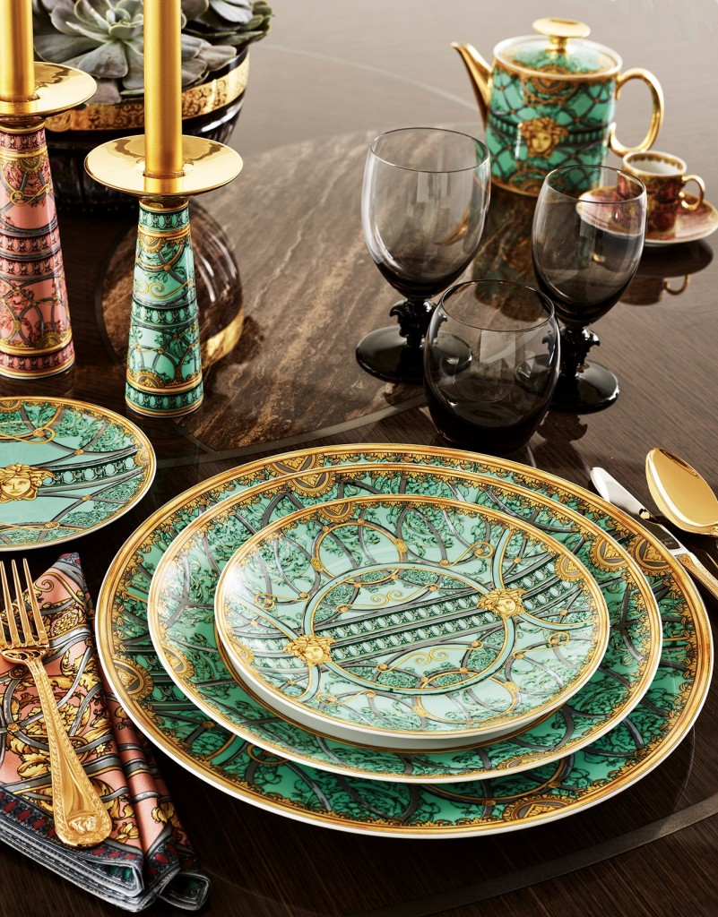 Versace Home歡慶與Rosenthal合作25週年推出全新紀念瓷器系列_La Scala del Palazzo _2