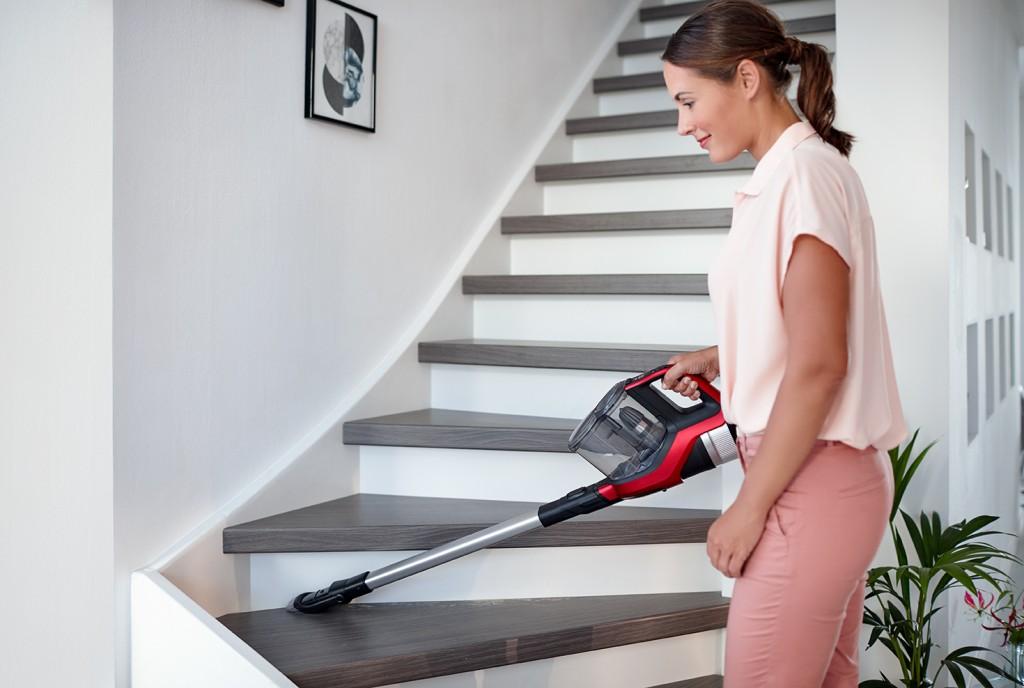 圖說三:飛利浦吸引力無線氣旋吸塵器(FC6823)超高效率不糾結,帶給消費者們縮時清潔不費勁的極致清潔體驗!