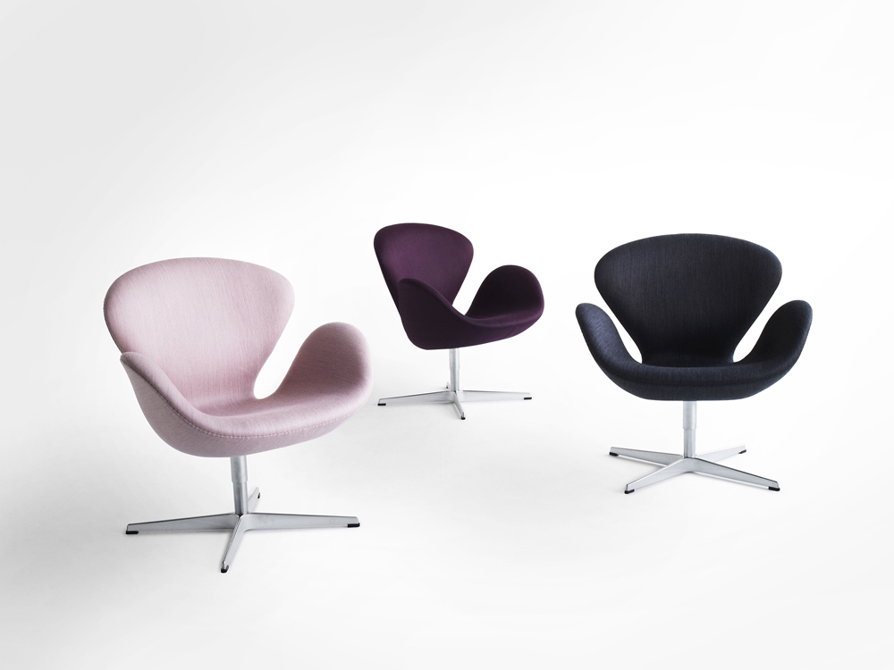 Swans, designed by Arne Jacobsen in 1958. Upholstered in Balder fabric by Fanny Arenson.