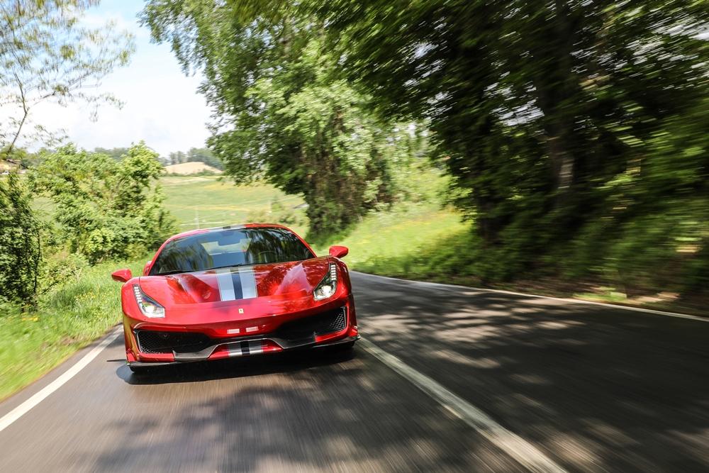 180870-car_Ferrari-488-pista