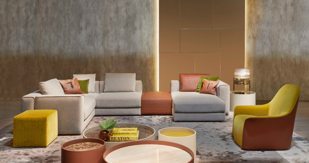 03_Trussardi Casa Happ sectional sofa and pouf, Monny coffee tables, Ampoll table lamp