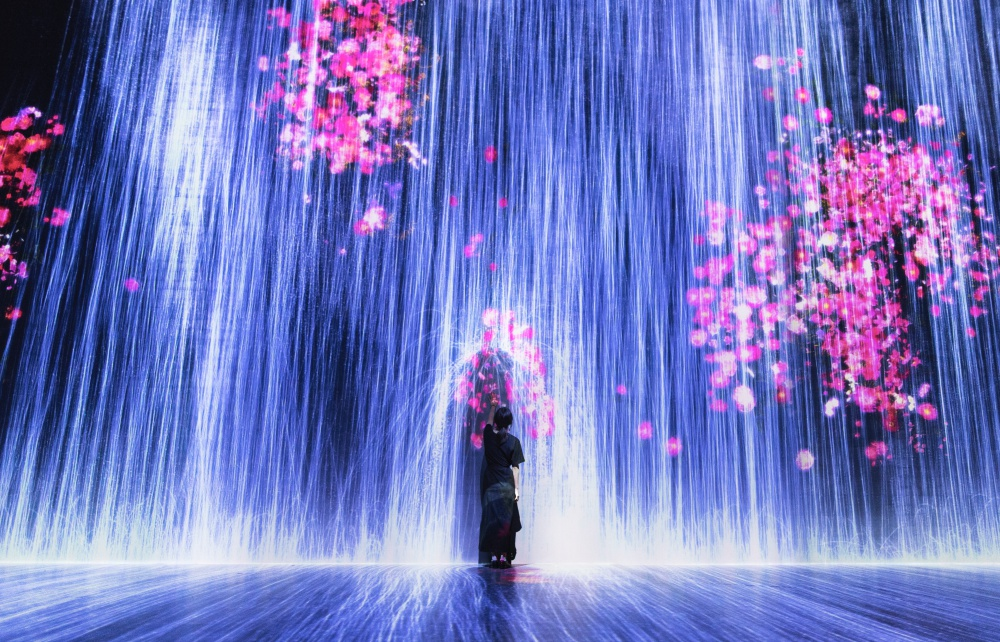 Universe of Water Particles, Transcending Boundaries (Credit to teamLab)