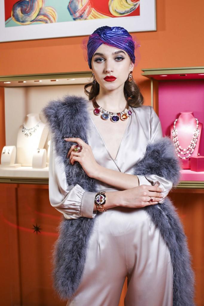 模特兒演繹寶格麗WILD POP頂級珠寶 (2)
