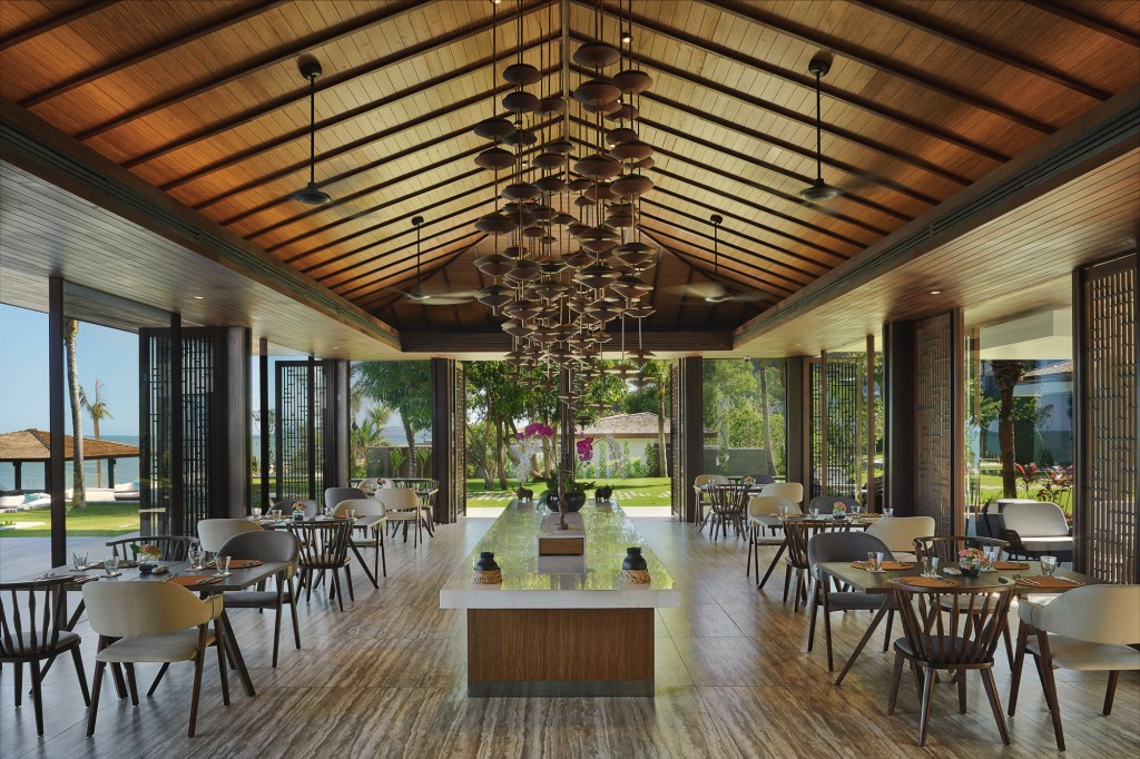 Anantara Quy_Nhon_Sea_Fire_Salt_Restaurant