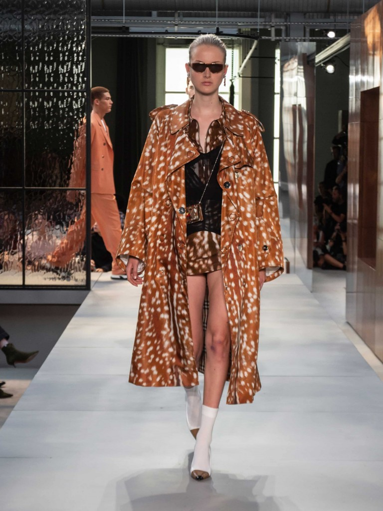 Burberry Spring_Summer 2019 Collection - Look 96 (1)