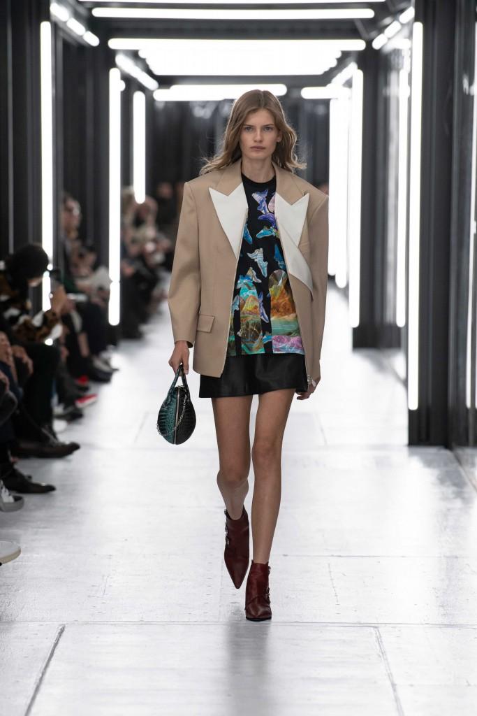 Louis_Vuitton_SS19_Look_04 (1)