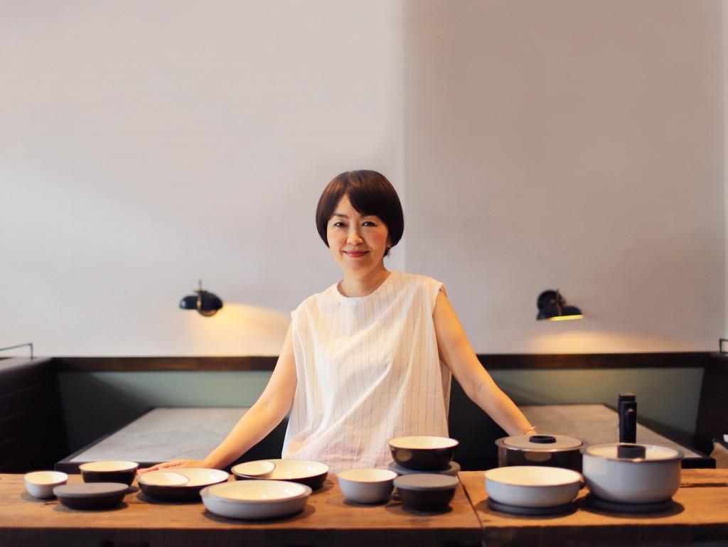 【虹彩鋼 賞味】設計師與作品合影