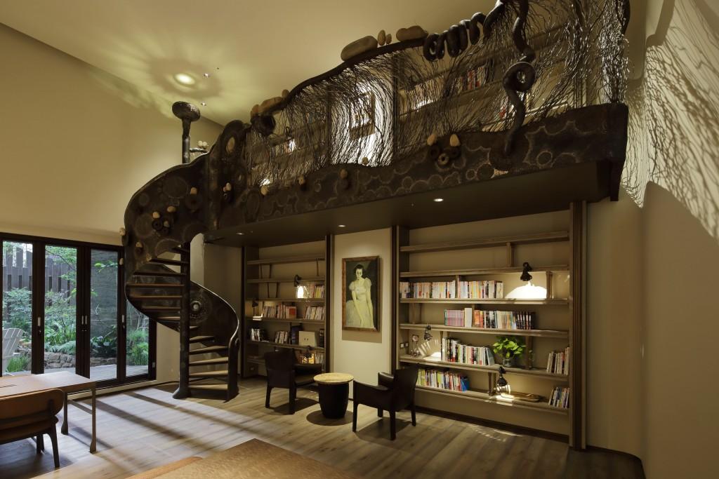 閱讀室手感藝術樓梯1
