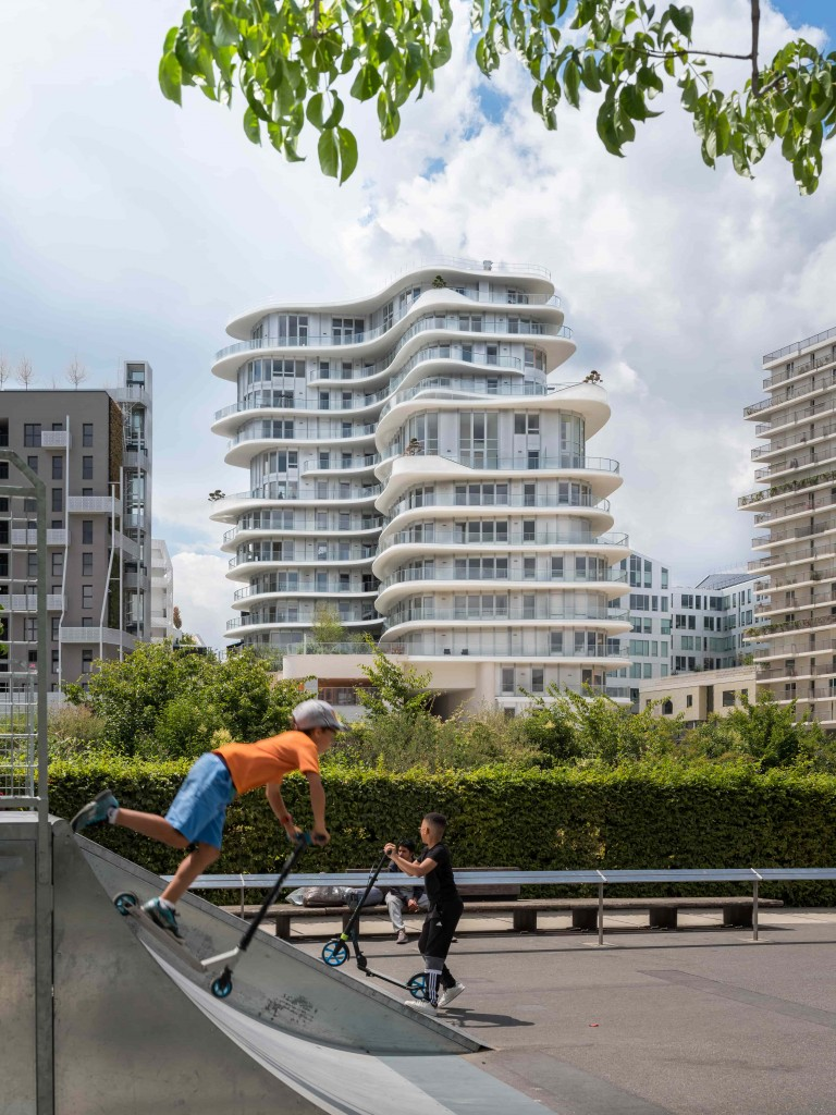 01_MAD Architects_UNIC Residential_Near Completion_photo by Jared Chulski_hi-res (1)