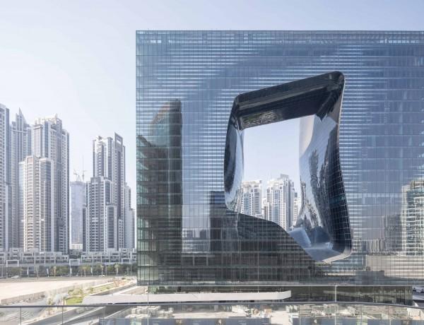 04_ZHA_Opus_Dubai_photo_LaurianGhinitoiu (1)