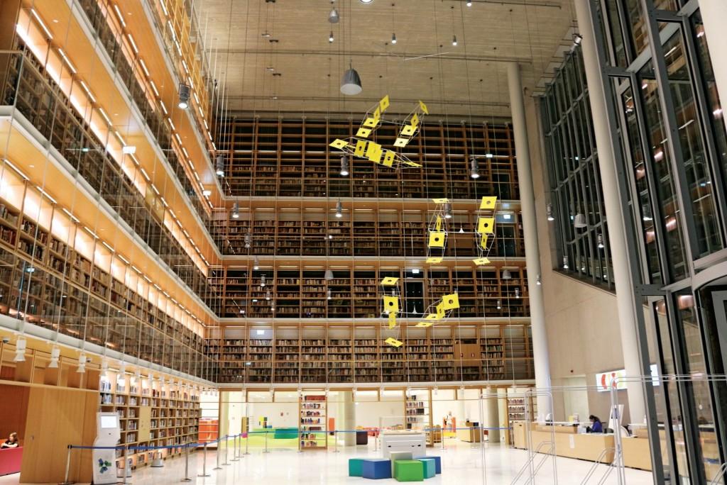 溫哥華第二大圖書館