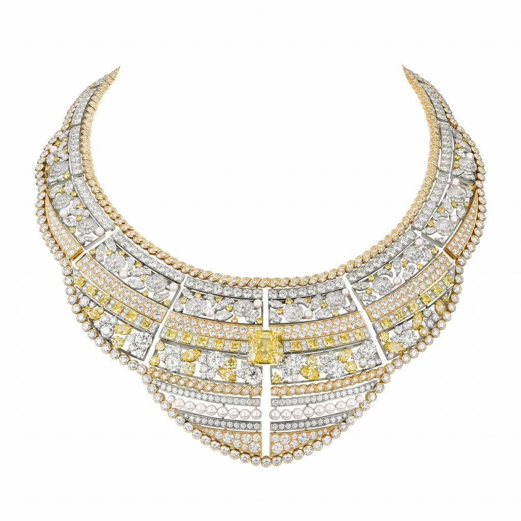 Roubachka necklace J63843