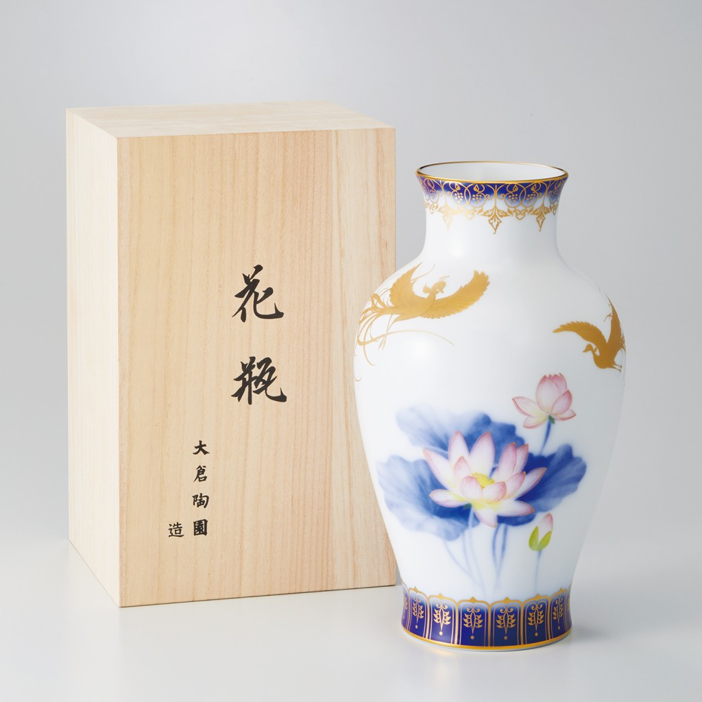 舞妃蓮花瓶