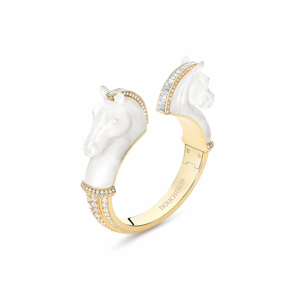 Cheval de l_Opéra bracelet set with frozen quartz and baguette diamonds, paved with diamonds, in yellow gold