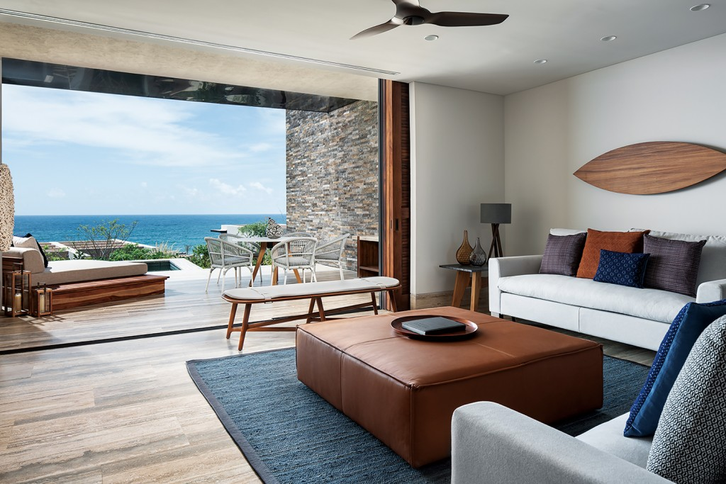 Cortes Ocean View Suite 654 (1)
