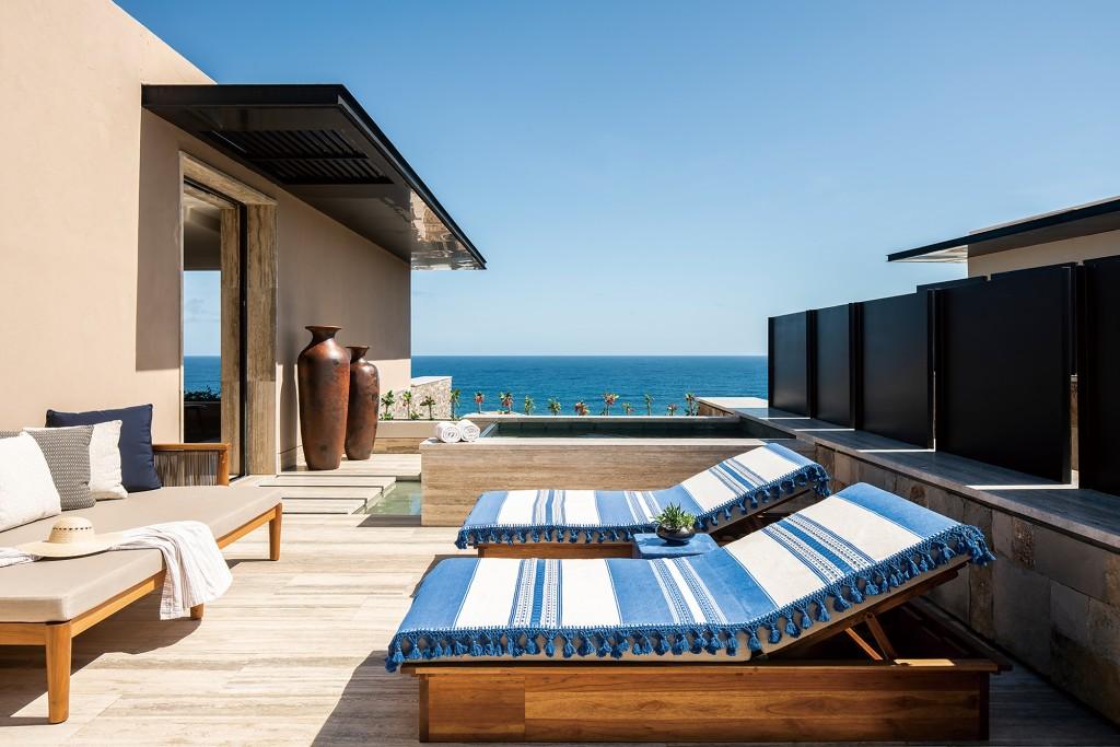 Infinity Ocean View Suite 653 (3)