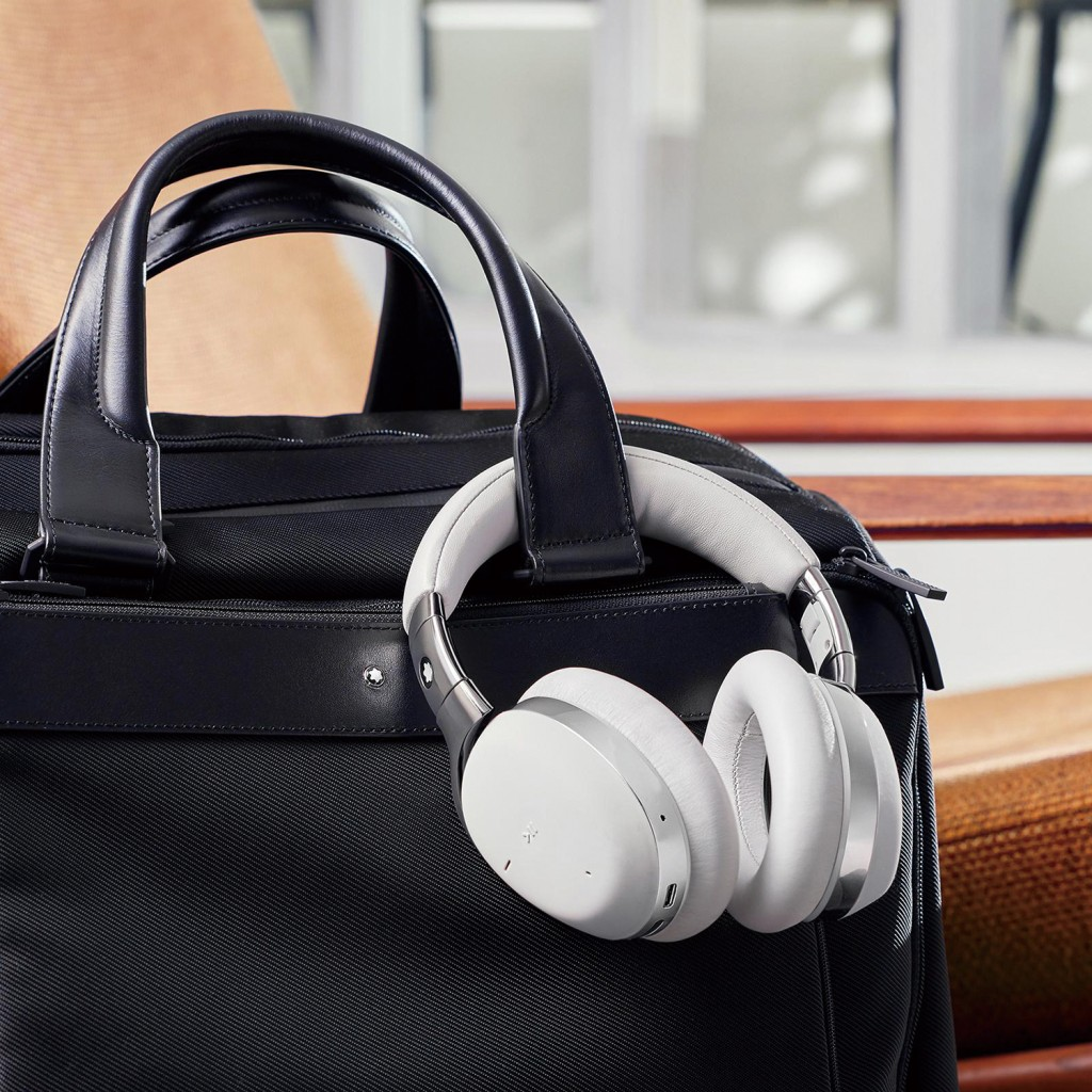 Headphones, grey, bag, black 125980, MB01 Smart Travel Over-Ear Headphones Grey 118260, My Montblanc Nightflight 48h Bag