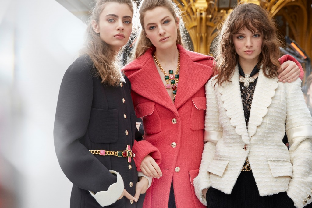 CHANEL FW 2020-21 RTW_Backstage pictures by Benoit Peverelli (22) (1)