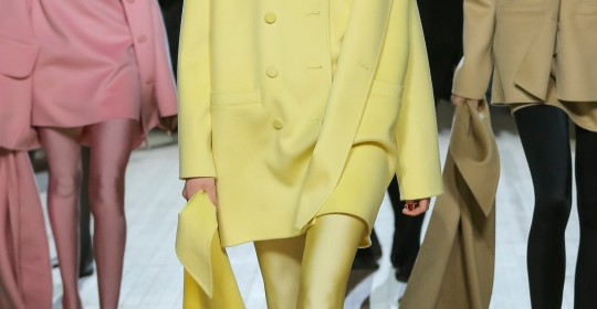 MARC JACOBS 20200212_Fall2020_Look01 (1)